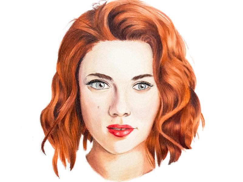 Portrait de Scarlett Johansson aux crayons de couleurs par Laurie Sénacq